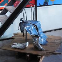 Kunstwerk – Spijkerbroek eenzaam